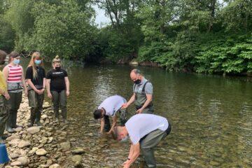 La Red Cántabra de Desarrollo Rural participa en la gran semana de la ciencia ciudadana por la biodiversidad con ¡Explora tu río!