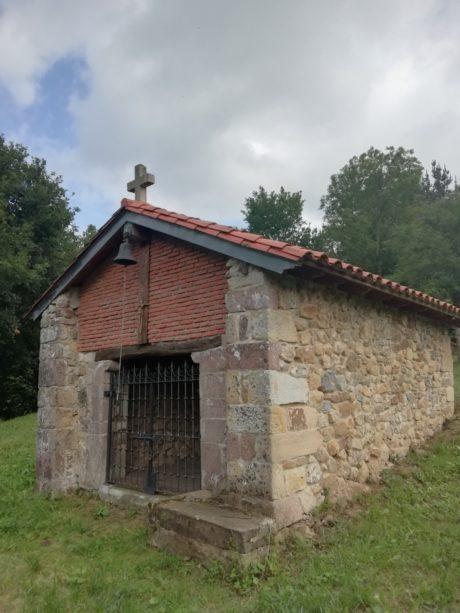 Ermita Virgen de las Nieves (Anievas).