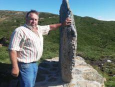 Piedra Lucia, que marca el límite municipal entre Luena