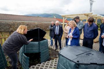 En marcha un proyecto piloto de compostaje comunitario en Mazcuerras