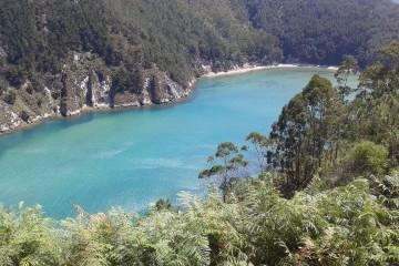Las Tinas: a golpe de mar