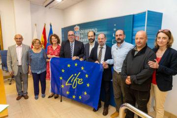 Medio Rural promueve un proyecto para eliminar el plumero en los espacios costeros de la Red Natura 2000 de Cantabria