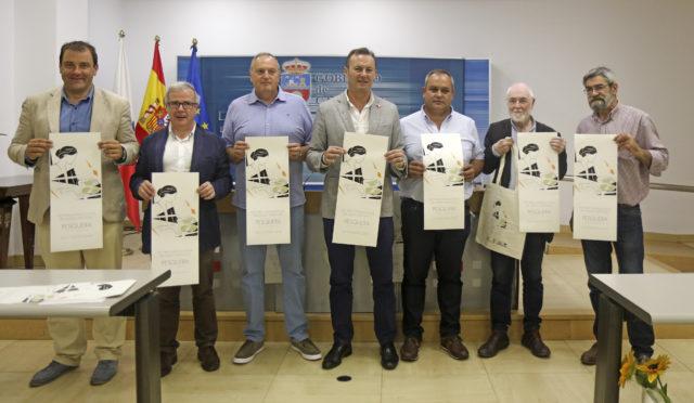 El consejero de Desarrollo Rural, Ganadería, Pesca, Alimentación y Medio Ambiente, Guillermo Blanco, presenta, en rueda de prensa, la XXV Feria Internacional del Queso Artesano de Pesquera.