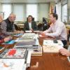 El Gobierno y la Red Cántabra de Desarrollo Rural analizan acciones conjuntas para la protección del patrimonio y la puesta en valor del arte rupestre