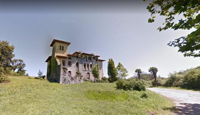 Vista de la Casa Pozo de San Vicente de la Barquera, futuro Centro de Interpretación del Parque Natural de Oyambre.